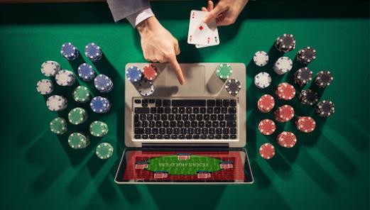 Bermain di Situs Poker Terbesar Dengan Penghasilan yang Menggiurkan