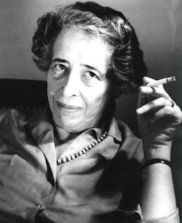 Ханнa Арендт (1906-1975), знаменитая немецко-еврейская общественная деятельница, философ, политолог, педагог