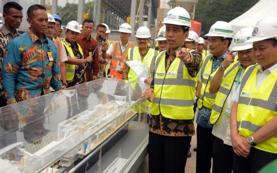 Era Jokowi Banyak Proyek Infrastruktur Tapi Rakyat Nganggur