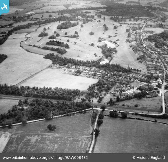 Aerial photograph of Bradmore Way and Brookmans Park Golf Course, Brookmans Park, 1947