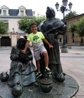 Las estatuas de Oviedo la convierten en un museo.