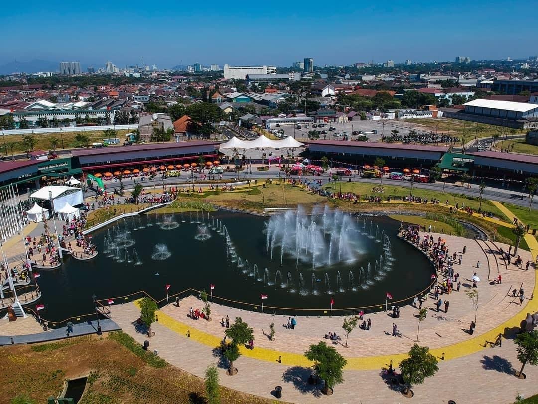 Menikmati Keseruan di Kiara Arta Park Bandung yang Baru Hits