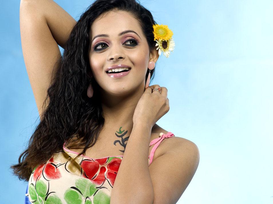 Bhavana Latest Glamorous Stills