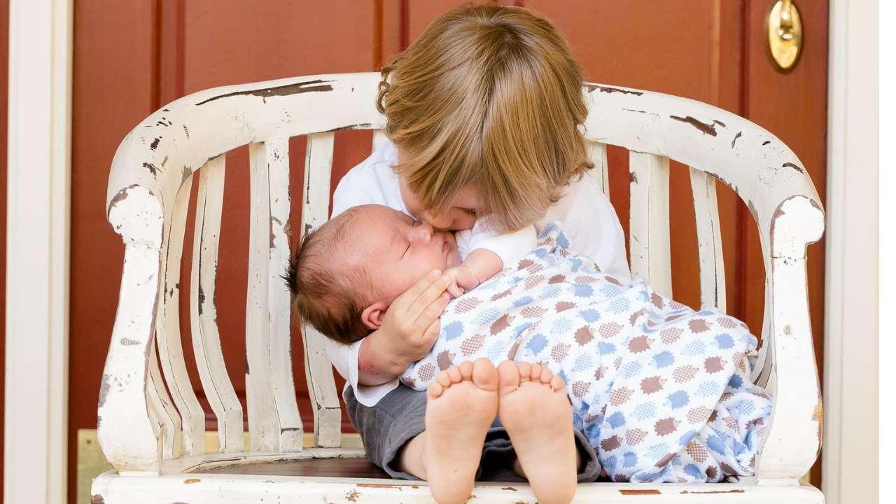Cara Memandikan Bayi Baru Lahir Yang Belum Puput Pusar