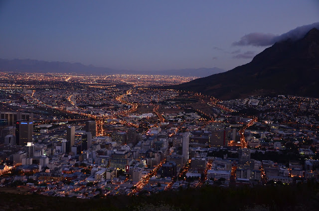 #CapeTown from #SignalHill in the Night #SA #PhotoYatra #TheLifesWayCaptures