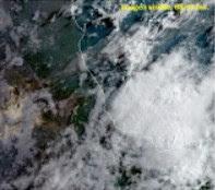Ambiente bochornoso en costas lluvias y tormentas en zonas montañosas