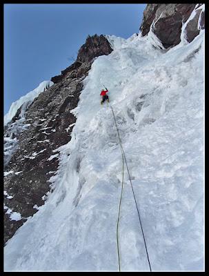 Escalada en hielo en Canal Roya