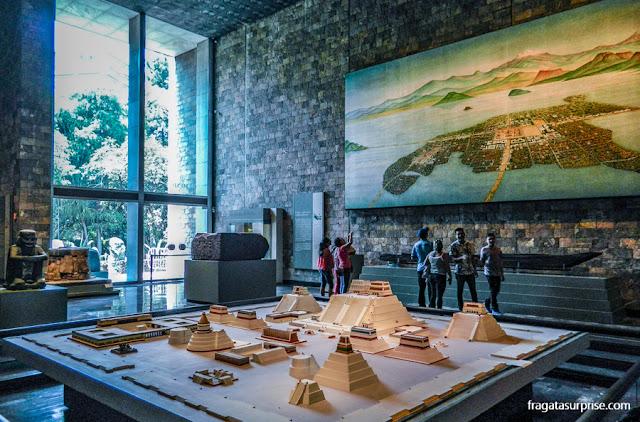 Maquete de Tenochtitlán, a capital dos astecas que deu origem à Cidade do México, no Museu Nacional de Antropologia
