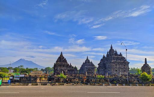 Candi Plaosan – Candi Hindu Kuno Di Jawa, Indonesia