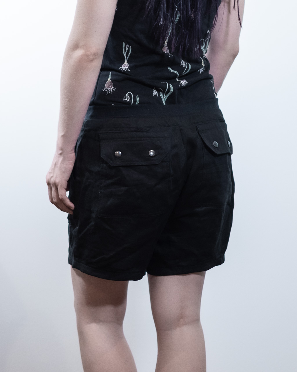 Sequoia Cargo Pants Shorts Sewing Pattern Itch to Stitch Indie Designer Minn's Things back full butt