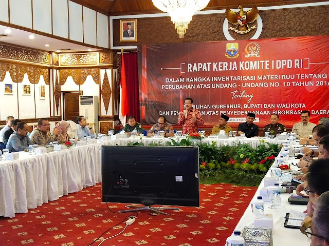 Komite I DPD RI Mendapat Masukan Soal Penyederhanaan Birokrasi dan Pilkada Serentak