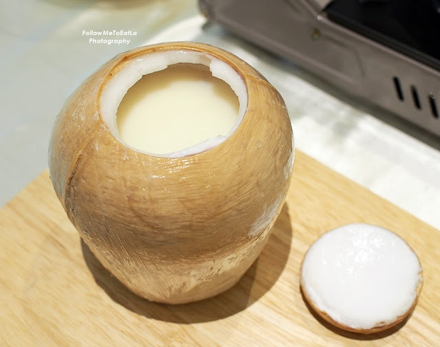 Double Boiled Coconut with Natural Peach Resin Soup and Almond (椰皇桃胶蛋白杏仁茶)