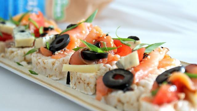 zdrowa radosc życia,kupiec,ambasador,wafle ryzowe,zdrowa dieta,jedzenie fit,fitness,łosoś,pecorino romano,ser pleśniowy,z kuchni do kuchni,najlepszy blog kulinarny