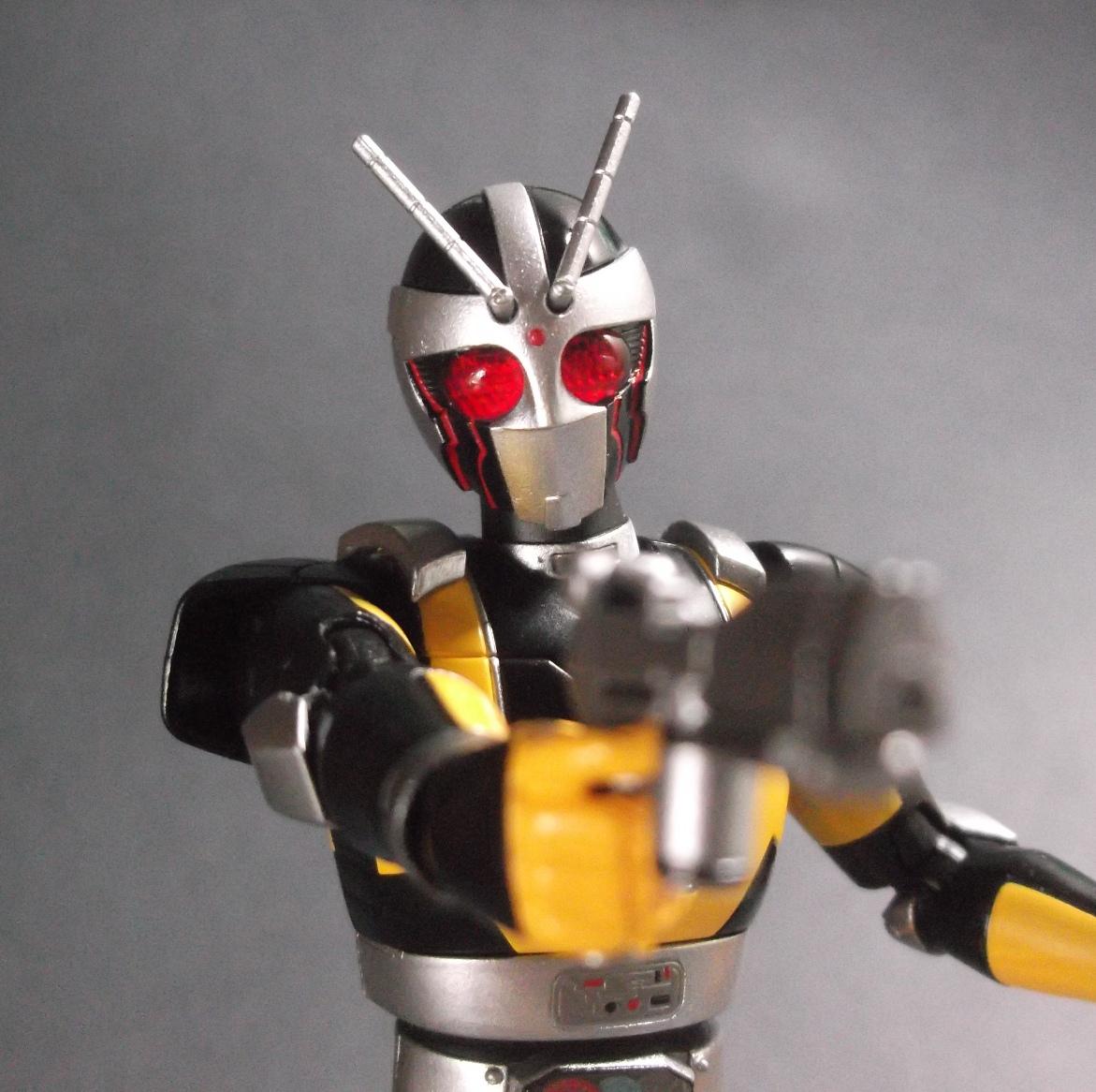 假面騎士部落格: S.H.F 假面騎士 Black RX ----機械騎士 RoboRider