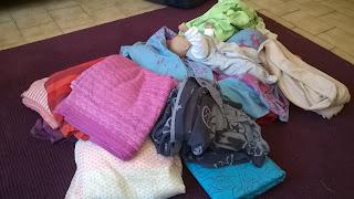 fidella hoppediz kokadi hilla slings néobulle écharpe tissée storchenwiege portage babywearing wrap
