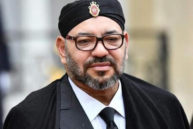 الأب الحنين للمغاربة الملك محمد السادس يستجيب لنداءات أبنائه من الشعب المغربي العالقين ببيروث و يأمر بإعادة المغاربة العالقين بلبنان مجانا
