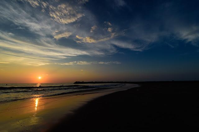 海とクラウドと夕日
