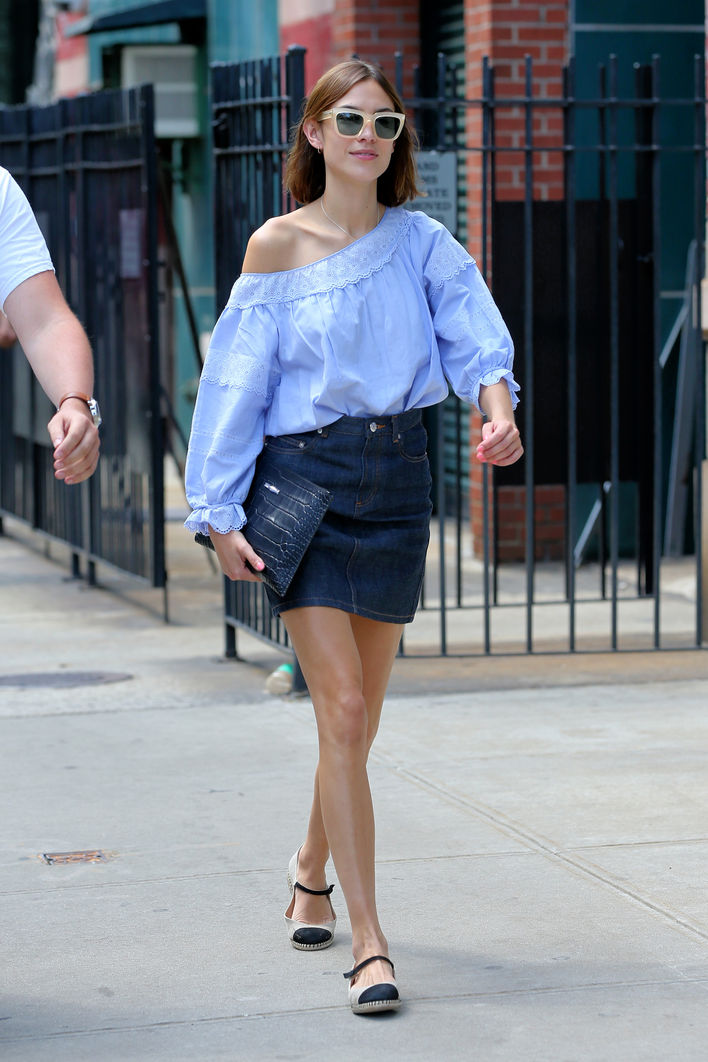 Alexa Chung's Perfect Off-the-Shoulder Summer Look