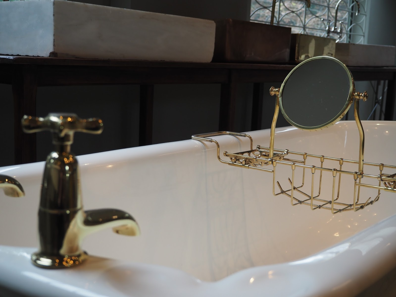 bathroom fixtures and fittings, hellopeagreen blog, bathroom design, traditional bathroom accessories, buy vintage bath