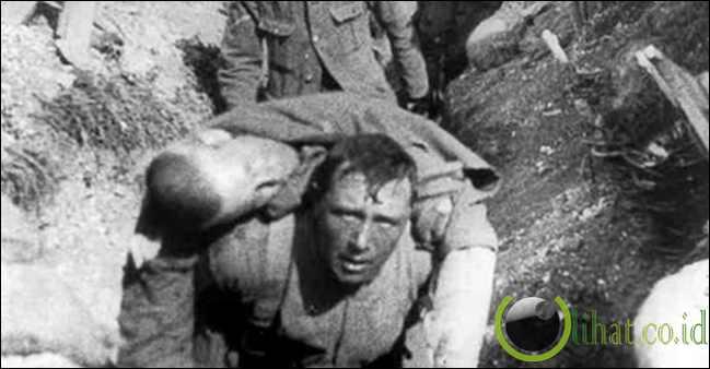 Pertempuran Verdun (976.000 korban)