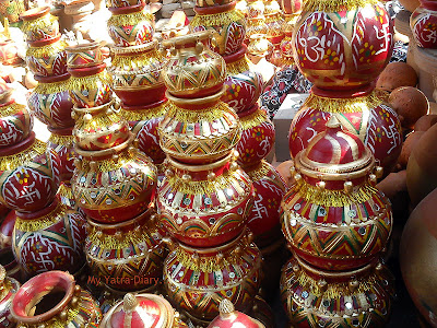 Colorful pots in the Pink City -Jaipur