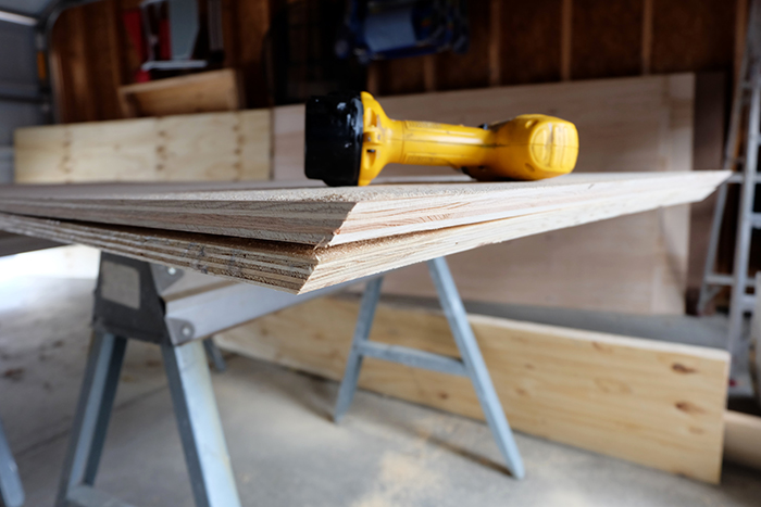 cutting plywood edges at 45 degree angles