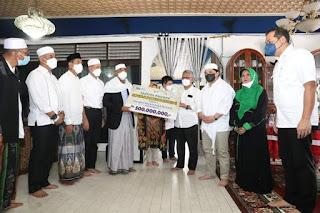 Menteri BUMN dan Mendag Kunjungi Madina, Salurkan Bantuan CSR ke Ponpes Musthafawiyah