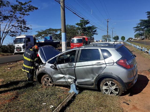 Capotamento de veículo deixa 3 mulheres feridas, em Osvaldo Cruz