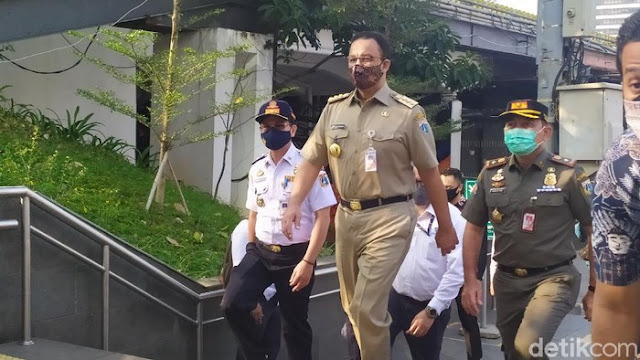Sentilan 2 Menko Jokowi Saat PSBB Ketat Akan Berlaku di DKI