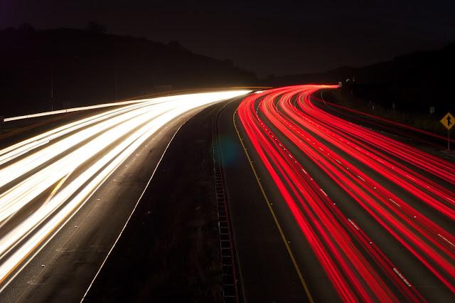 ατυχήματα λόγω υπερβολικής ταχύτητας