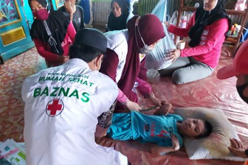 BAZNAS Gelar Layanan Kesehatan untuk Pasien Stunting di Maros