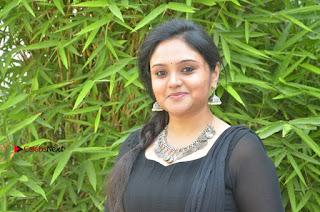 Actress Kala Kalyani Stills in Black Salwar Kameez at Engeyum Naan Iruppen Audio Launch  0015.jpg
