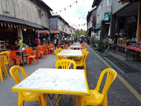 【古晋景点】砂劳越古晋新堯湾夜市 Siniawan Night Market