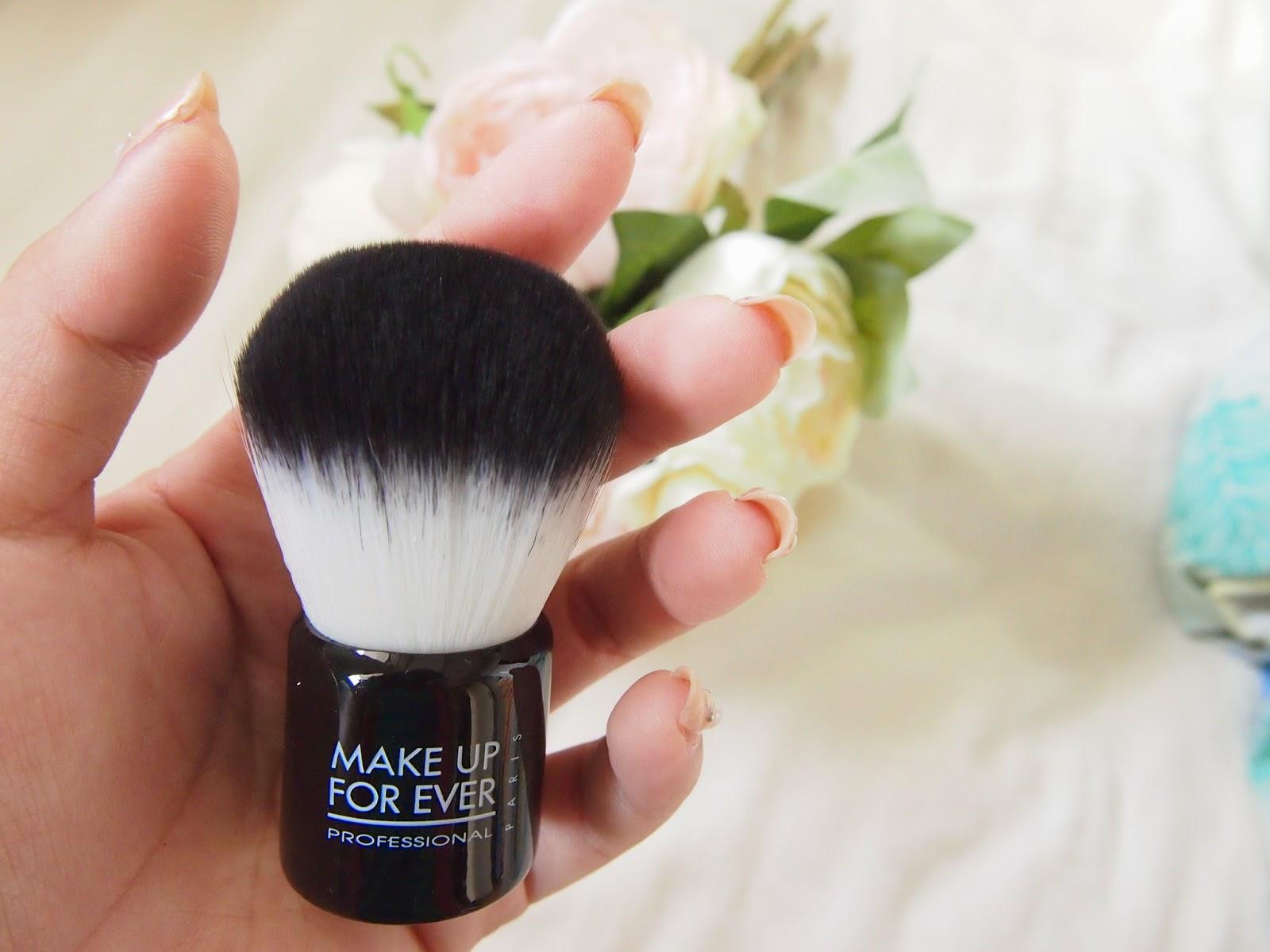 Image result for pakai foundation dengan Kabuki Brush