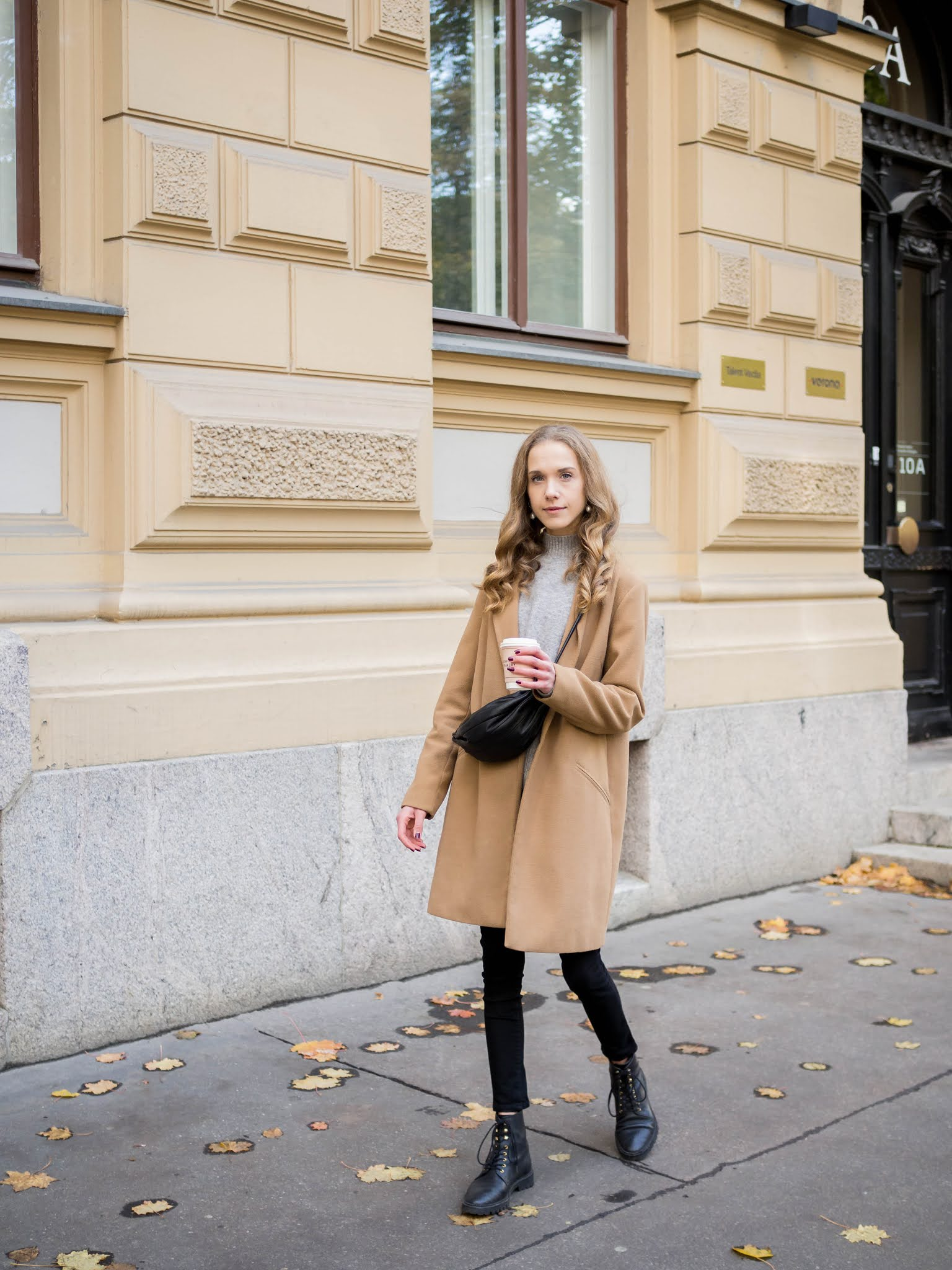 Syksyn ja talven beiget takit // Beige coats for autumn and winter