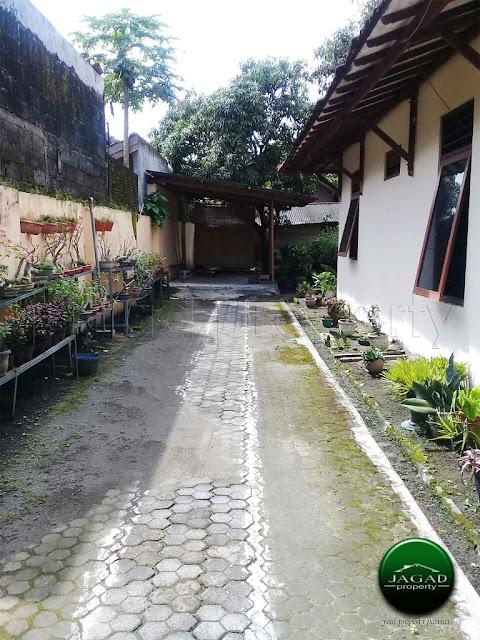 Tanah bonus Rumah jalan Sumatra dekat UGM