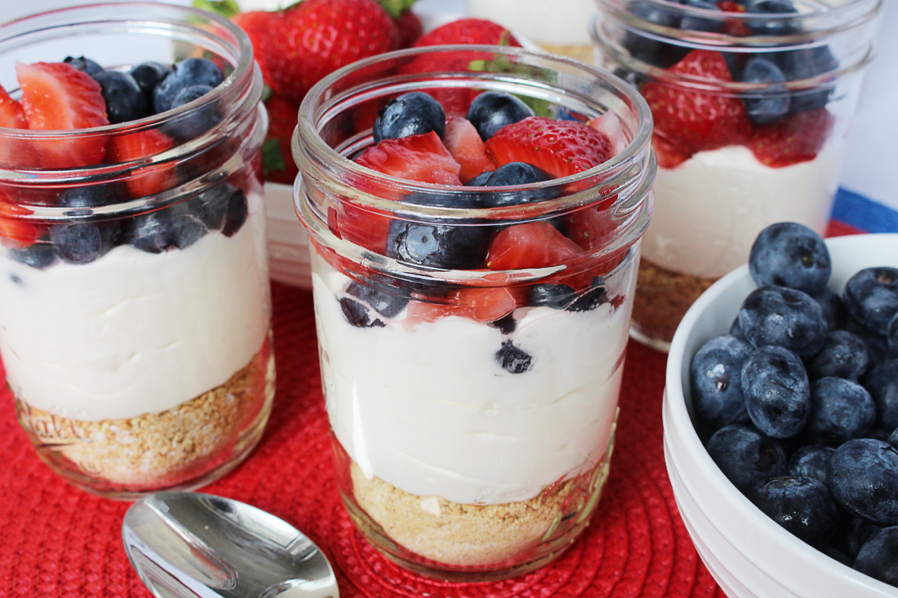 Cake In A Jar Recipe No Bake: Kylee's Kitchen: No-Bake Mason Jar Cheesecakes