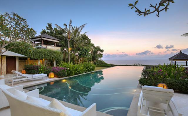 Ingin Sewa Villa Uluwatu untuk Honeymoon? Perhatikan 4 Faktor Ini!