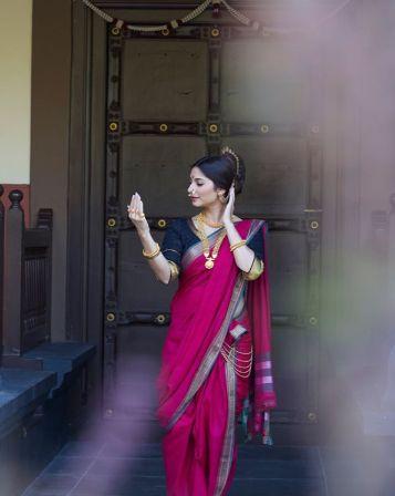 Bollywood  actress in saree