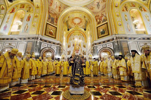 Торжественное богослужение в Храме Христа Спасителя в десятую годовщину интронизации Святейшего Патриарха Кирилла