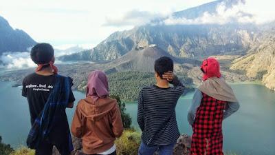 Plawangan Aik Berik Crater Rim