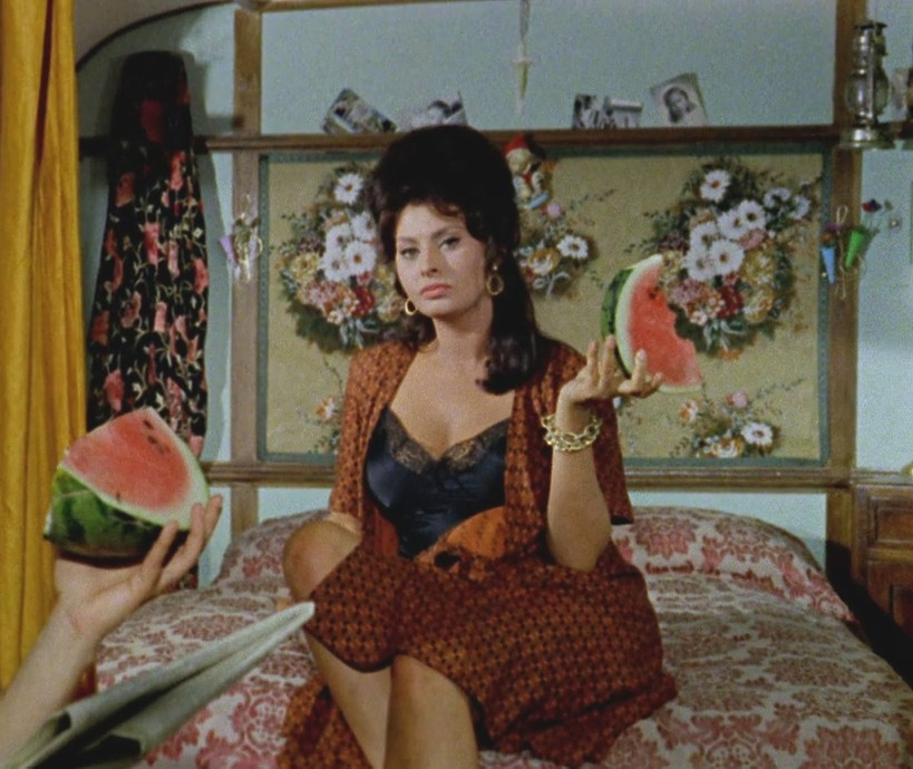 eaaeb5cb8f1a Boccaccio '70 is a 1962 Italian anthology film directed by Mario Monicelli,  Federico Fellini, Luchino Visconti and Vittorio De Sica, from an idea by  Cesare ...