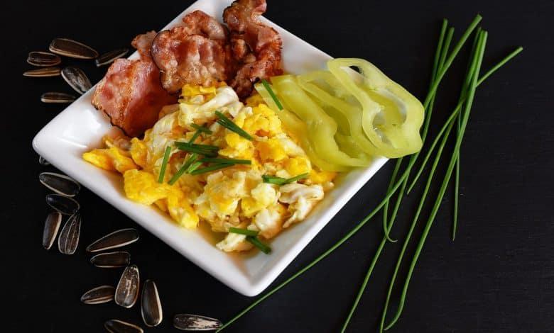 المسموح في الكيتو دايت: الأطعمة الأكثر شهرة في الحمية الكيتونية