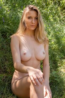 Nude Art - kayte_21_37463_11.jpg