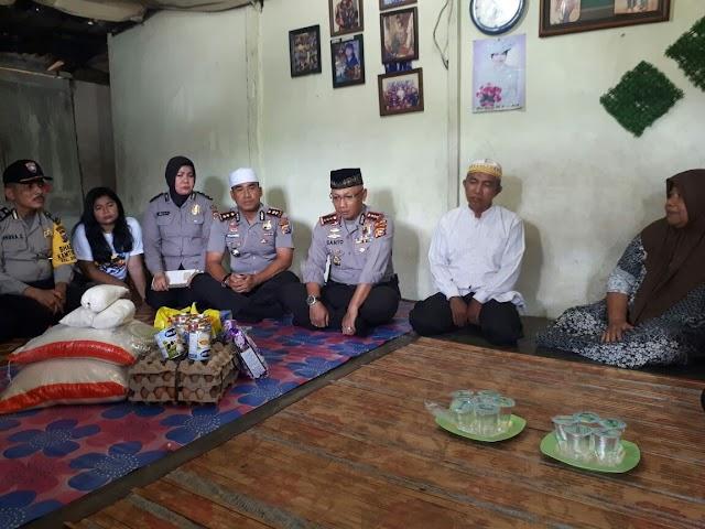 Dua Warga Eti Dan Hasan Basri, Disambangi Polresta Pekanbaru.