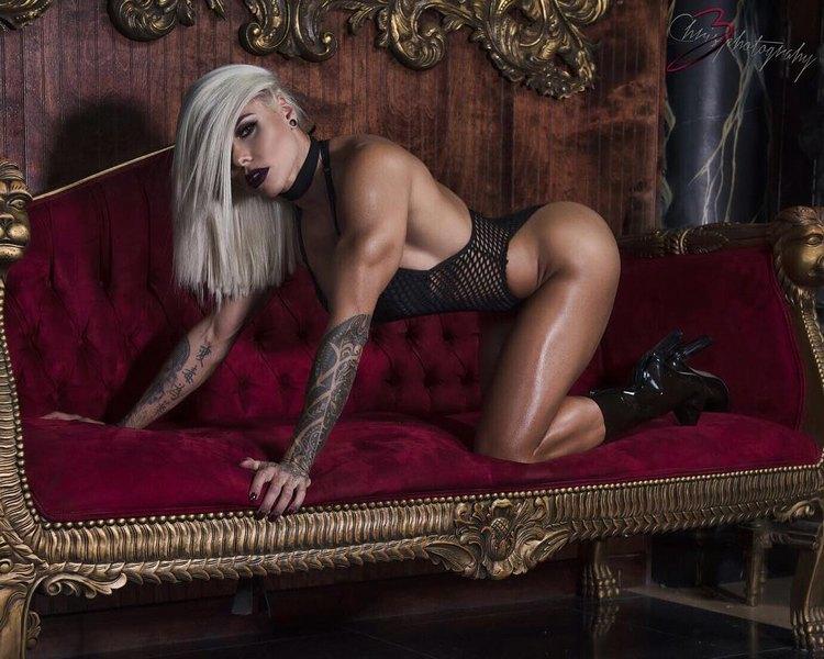 Fitness Models Larissa Reis