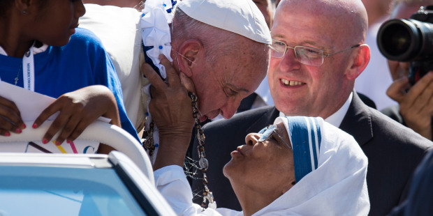 Papa Francisco, el de los bellos gestos