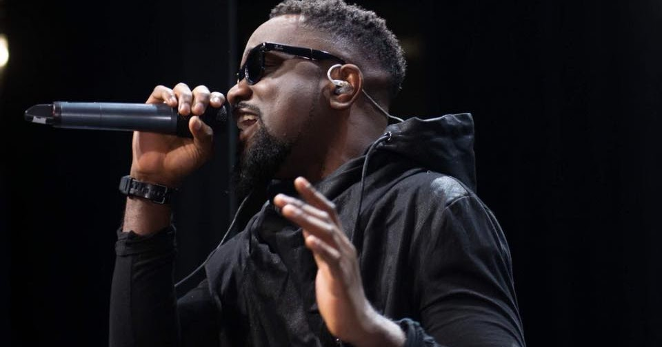 Image result for hd images of ghanaian SARKODIE AND MANIFEST