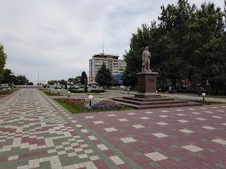 Мелітополь. Площа Перемоги. Пам'ятник Т. Г. Шевченку