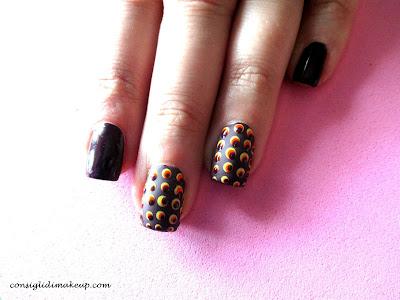 """Nail art: 60's style """"Disco Pois"""""""
